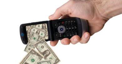 почему снимают деньги с телефона мтс
